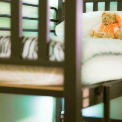 Baan Nampetch Hostel Стандартный семейный номер с двуспальной кроватью (общая ванная комната)