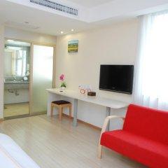 Overseas Chinese Friendship Hotel 3* Стандартный номер с различными типами кроватей фото 2