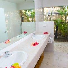 Отель Wananavu Beach Resort 4* Бунгало с различными типами кроватей фото 9