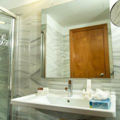 Отель BCN Urban Hotels Gran Ronda ванная фото 2