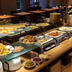 Отель Nishitetsu Croom Hakata Хаката питание фото 3