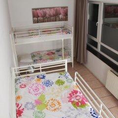 Brussel Hello Hostel Кровать в общем номере с двухъярусной кроватью фото 8