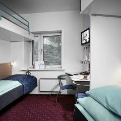 CABINN Odense Hotel 2* Стандартный семейный номер с различными типами кроватей фото 3