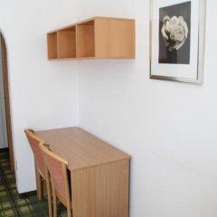Отель Snooze Guesthouse 3* Номер категории Эконом фото 5
