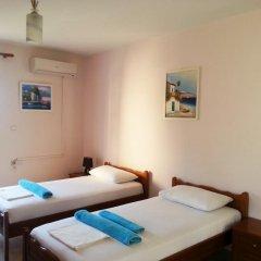 Hotel Villa Margarit Стандартный номер с двуспальной кроватью фото 3