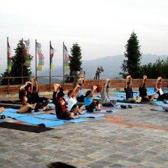 Отель Club Himalaya Непал, Нагаркот - отзывы, цены и фото номеров - забронировать отель Club Himalaya онлайн фитнесс-зал фото 2