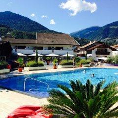 Отель Schlosshof Charme Resort – Hotel & Camping Италия, Лана - отзывы, цены и фото номеров - забронировать отель Schlosshof Charme Resort – Hotel & Camping онлайн бассейн фото 2