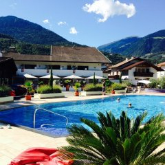 Schlosshof Charme Resort – Hotel & Camping Лана бассейн фото 2