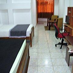 Отель Zak Residence Шри-Ланка, Коломбо - отзывы, цены и фото номеров - забронировать отель Zak Residence онлайн комната для гостей фото 2