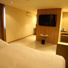 The California Hotel Seoul Seocho 2* Номер Делюкс с 2 отдельными кроватями фото 7
