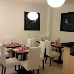 Отель La Contrada Италия, Вербания - отзывы, цены и фото номеров - забронировать отель La Contrada онлайн питание фото 3