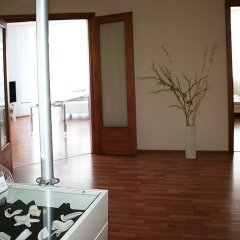 Апартаменты Hhotel Apartments на Радищева 18 комната для гостей