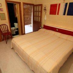 Отель Derek's Marsalforn Home комната для гостей фото 3