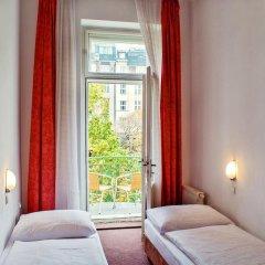 Hotel Meran 3* Стандартный номер с двуспальной кроватью фото 7