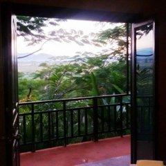 Отель Thaton Hill Resort балкон