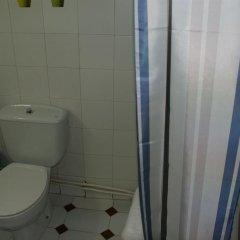 Отель JQC Rooms 2* Стандартный номер с двуспальной кроватью фото 9