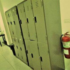 Jomtien Hostel Паттайя сейф в номере