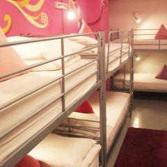RedDoorz Hostel Кровать в женском общем номере с двухъярусной кроватью фото 5