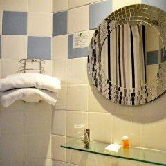 Отель Hôtel Tamaris Париж ванная