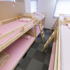 81's Inn Fukuoka - Hostel Кровать в женском общем номере с двухъярусной кроватью фото 3