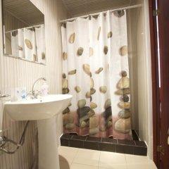 Мери Голд Отель 2* Стандартный номер с двуспальной кроватью фото 11