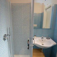 Отель Al Giardino di Anna Фонди ванная фото 2
