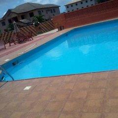 Gussys Hotel Ltd бассейн фото 2