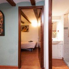 Отель Rustic Poble Sec Apartment Испания, Барселона - отзывы, цены и фото номеров - забронировать отель Rustic Poble Sec Apartment онлайн удобства в номере