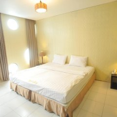 Holiday Hotel Номер Делюкс с различными типами кроватей фото 2