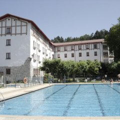 Отель Hostal Ayestaran I Испания, Ульцама - отзывы, цены и фото номеров - забронировать отель Hostal Ayestaran I онлайн бассейн