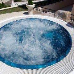 Отель Menada Sea Isle Apartments Болгария, Солнечный берег - отзывы, цены и фото номеров - забронировать отель Menada Sea Isle Apartments онлайн бассейн фото 2