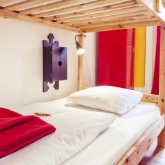 Lisbon Chillout Hostel Кровать в общем номере фото 17