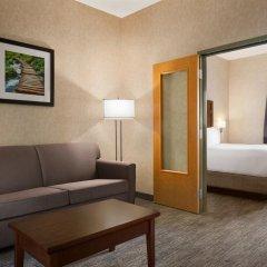 Отель Days Inn & Suites by Wyndham Brooks комната для гостей