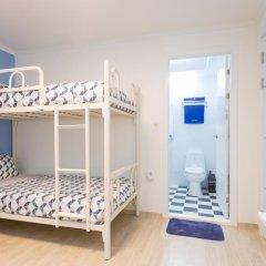 Отель Stay Now Guest House Hongdae Стандартный семейный номер с двуспальной кроватью фото 13