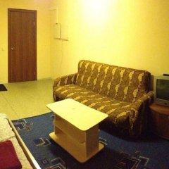 Гостиница Friends в Перми 6 отзывов об отеле, цены и фото номеров - забронировать гостиницу Friends онлайн Пермь комната для гостей фото 3