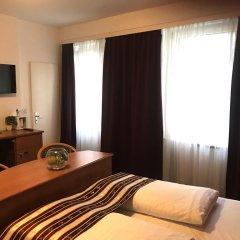 Отель Condor Германия, Гамбург - отзывы, цены и фото номеров - забронировать отель Condor онлайн комната для гостей фото 5