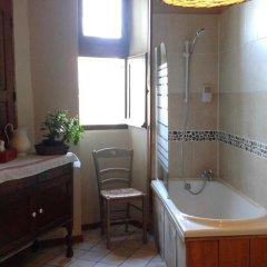 Отель Le Petit Hureau Сомюр ванная фото 2