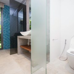 Отель Villas Overlooking Layan ванная