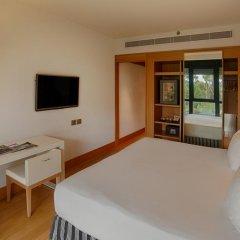 Отель NH Collection Roma Vittorio Veneto 4* Улучшенный номер с двуспальной кроватью фото 3