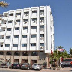 Hotel Yasmine парковка