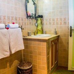 Отель Le Petit Riad Марокко, Уарзазат - отзывы, цены и фото номеров - забронировать отель Le Petit Riad онлайн ванная фото 2