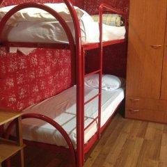 Отель HostelRoma Кровать в женском общем номере с двухъярусной кроватью фото 4