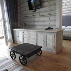 Гостиница Эко-парк Времена года Стандартный семейный номер разные типы кроватей
