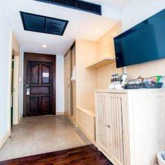 Отель Sea Breeze Jomtien Resort 4* Улучшенный номер с различными типами кроватей фото 9