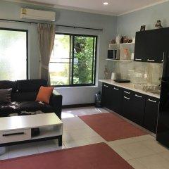 Отель Baan Somprasong Condominium в номере фото 2