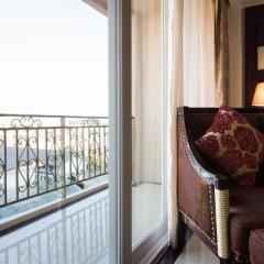 Отель LK President Номер Делюкс с различными типами кроватей фото 7