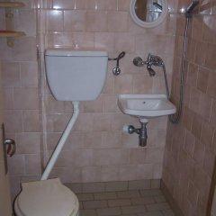 Отель Guest House Kostandara Болгария, Поморие - отзывы, цены и фото номеров - забронировать отель Guest House Kostandara онлайн ванная фото 2