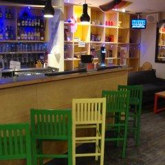 Отель YHA London Central Великобритания, Лондон - отзывы, цены и фото номеров - забронировать отель YHA London Central онлайн гостиничный бар фото 8