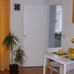 Апартаменты Apartments Berlin City West Берлин комната для гостей фото 5
