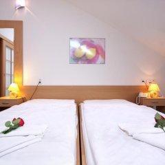 Отель Claris 3* Стандартный номер с двуспальной кроватью фото 5